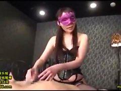 Asian Massage Girl Offers Handjob