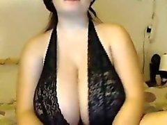 Гигантский Tits в ЭТОМ Webcam девушки