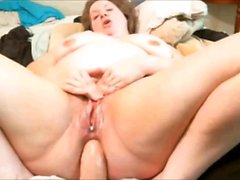 Chubby mature bbw does anal on webcam