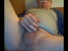 cum abuelo en la webcam