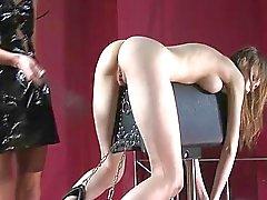 BDSM scen med Beata Undine