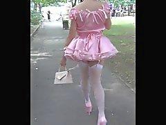 Donna Sissy Slut- Öffentliche Promenade
