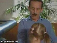 Poco de babysitter sucio