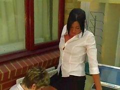 lesbians pissing (golden shower)