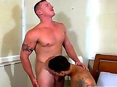Los tubos de gay adolescentes gallo enormes Los muchachos reciben esas pulgadas absolutamente
