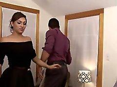 Heiße vollbusigen Transsexuelle Jessy in Dubai Aufnahme einen Hahn vom Nick Capras