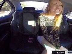 pilota del uber Busted dalla polizia mentre la prende adolescenti
