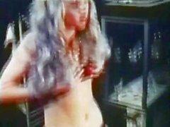 Kıllı babes üfleme ve lanet ile70'lerin klasik Alman porno