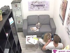 Czech MILF Linda Fisted - your-cams