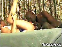 Bir Siyah Penis ile Creampied ev hanımı