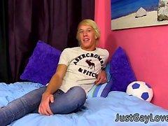 Мальчиков подростка Speedos геем по галерее в первый раз восемнадцатилетнего Дж
