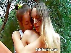 Dışında lezbiyen orgazm köle Ivanas