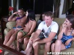Adolescente selvaggia di Tanner e Alexis di Capri giocare gioco del sesso e scopare