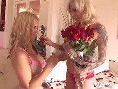 Behind the scenes with blonde babes Vyxen Steel and Sarah Vandella