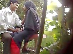 Bangladeshi Park Sex Caught By Hidden Cam