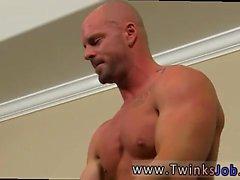 Emo Porn xxx bögen Hemsk chef Mitch Vaughn var icke förvånad gro