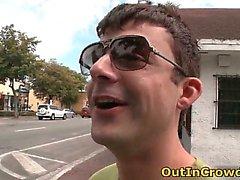 De Twink homosexual chupa sobre el calles parte2