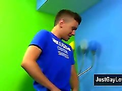 Bög twinkar Helt nya BoyCrush att luren Ryan Skarp berättar för Bryan han