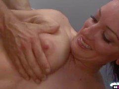 Huge Facial für süße Teen Piper Austin