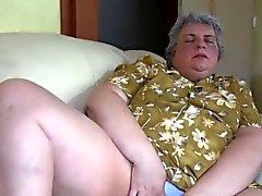 Granny and bimbo dildo action