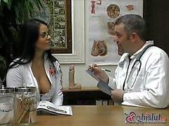Dal medico è lieti di vedere Mikayla