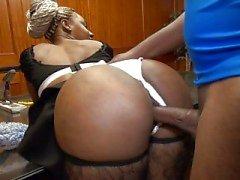 criada negro