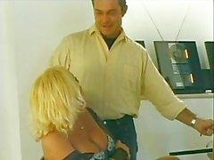 She Male Manie 04 - Szene 2 von