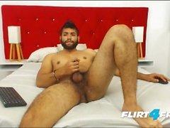 Ecio Murphy auf Flirt4Free - Hairy Dude Fingers seinen Arsch und Cums
