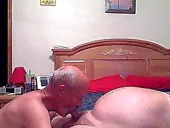 Isoisät ottaa hauskoja makuuhuone