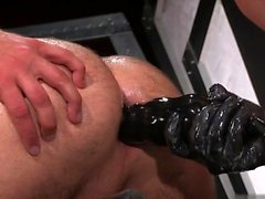 Hot gay fetish with cumshot