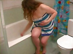 Fat BBW Ex GF, tomar banho , depilar as pernas e buceta