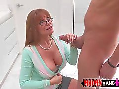 Busty Darla Crane give shead to her setp daughter s bf