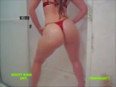 Ass Shaking In The Shower