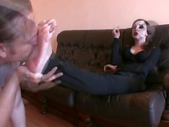Foot Goddess Bojana gets her feet worshiped