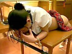 Caned Japon Kız