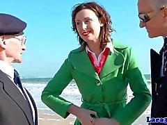 Creampied i euro milf älskar jävla geriatriken