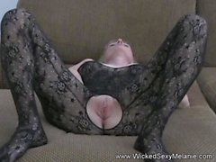 Amateur GILF Wants Man Sperm