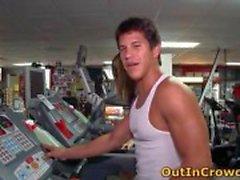 Gay knull i offentliga gym 6 av outincrowd