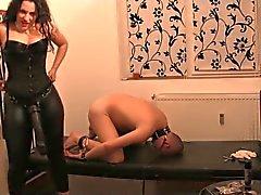 Senhora bunda grande fode escravo