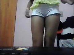 Shyla Jennings striptease para encajes de lencería