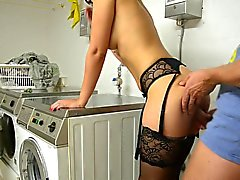 Big cumshot in the laundry room - German