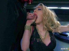 Lusty blonde Kagney Lynn gives a blowjob in pov