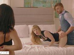VIXEN Nympho on kuuma seksi kahta vierasta