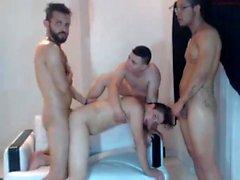 Gay selvaggi brasiliani che fanno festa di gruppo