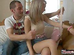 Garota gostosa a escravidão slave