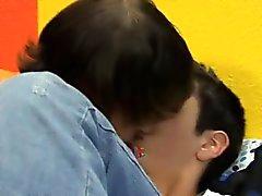 La vidéo Gay Athans Stratus est percée à la de routine sexuelles ,