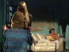 Alexandra Quinn Carolyn Monroe Savannah en la película porno clásica