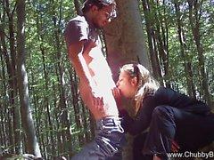 Italia pariskunnat Fuck metsässä