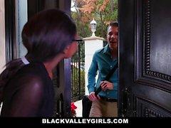 BlackValleyGirls - Photos and Interracial Fucking
