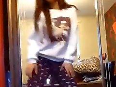 asiatiques danse la houe